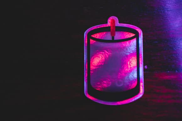 A Single Holographic Candle